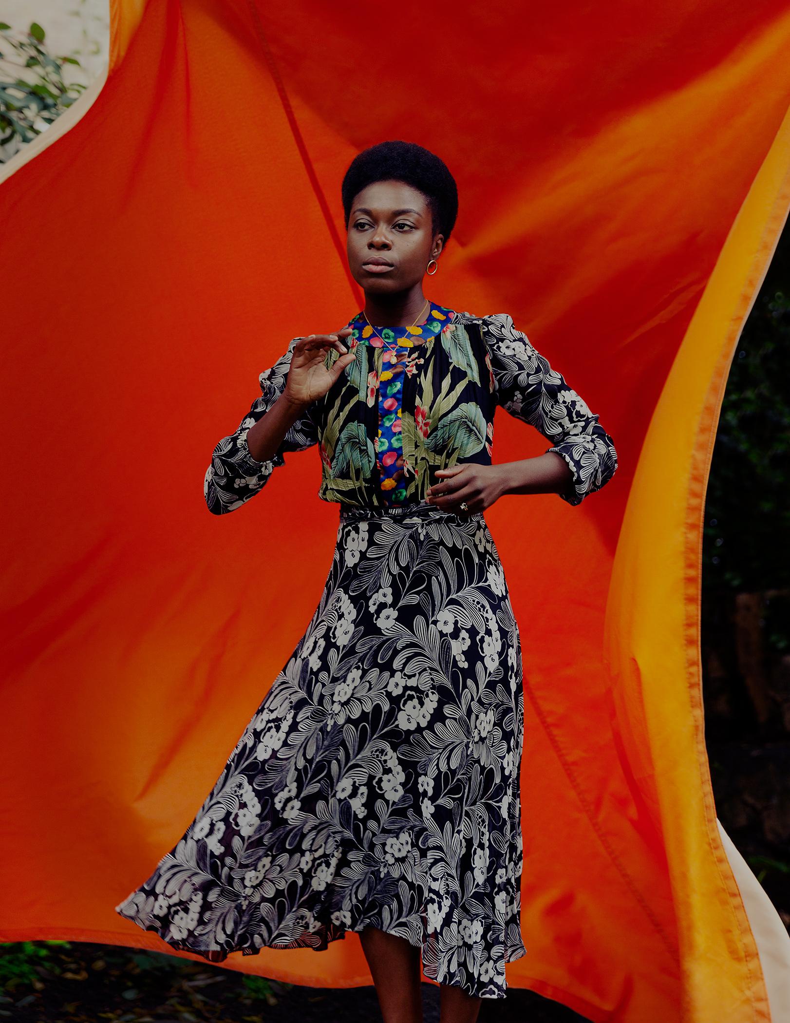 Joan Iyiola, 12 1/2 Portraits