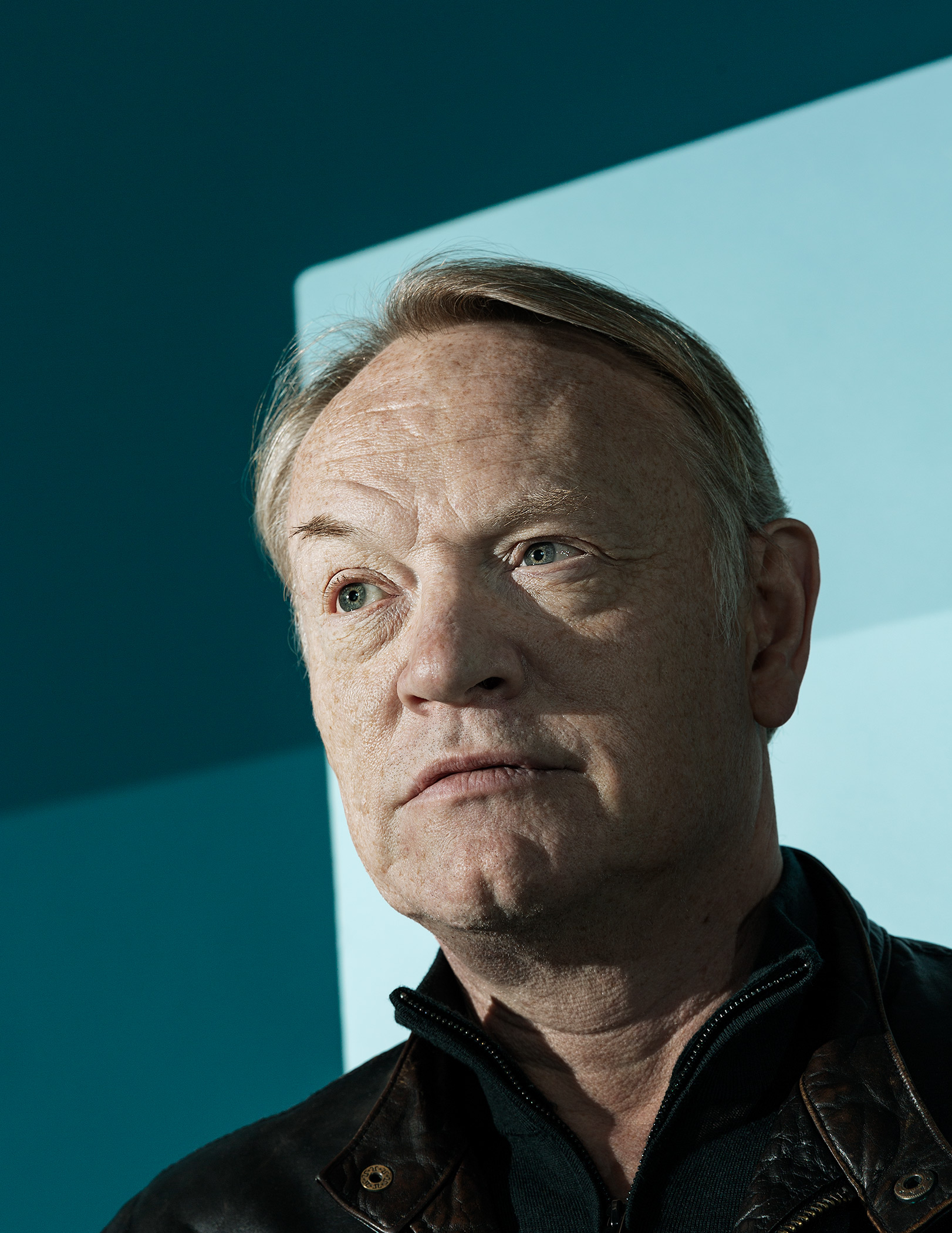 Jared Harris, Observer New Review